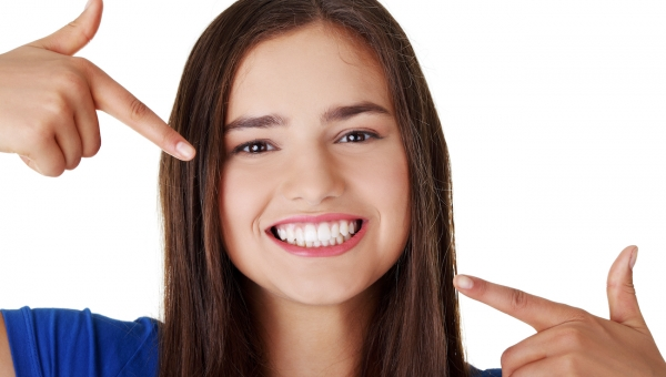 How Young do Our Pearland Dentist Patients Need to be to Whiten Their Teeth?